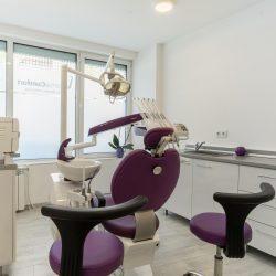 Отделяме време и внимание, за да се уверим, че подходът ни за лечение е оптималният избор за конкретния случай и е съобразен със съвременните тенденции в стоматологията.
